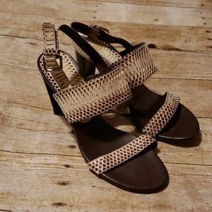 Stuart Weitzman Shoe